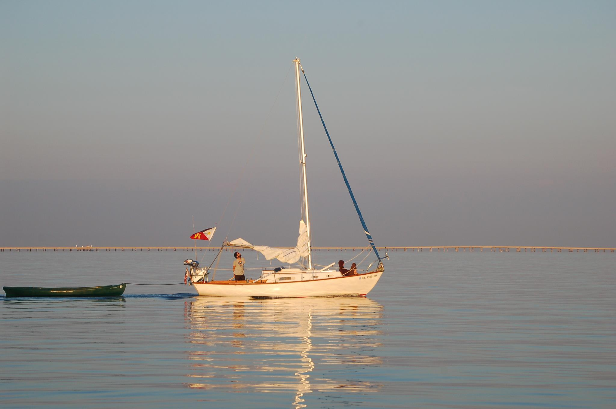 Cape Dory 25 gallery image with filename: capedory25-papillion-windlessmorning2.jpg