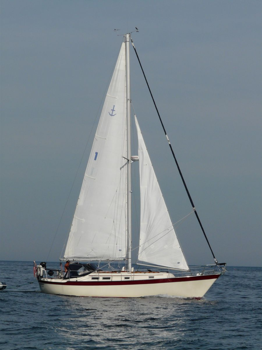Southern Cross 35 gallery image with filename: southerncross35-valkyrie-undersail.jpg